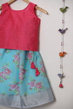 Load image into Gallery viewer, Blue Skirt & Pink Croptop