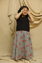 Load image into Gallery viewer, Stripes Shifly Skirt  Top