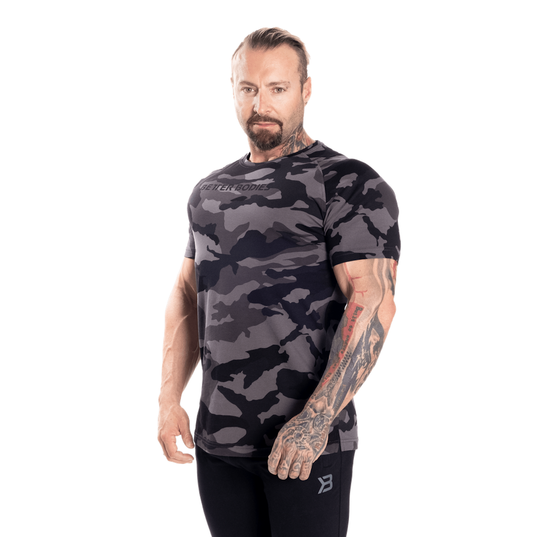 Gym Tapered Tee Dark Camo