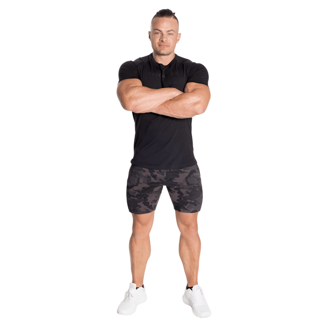 tapered-sweatshorts-dark-camo