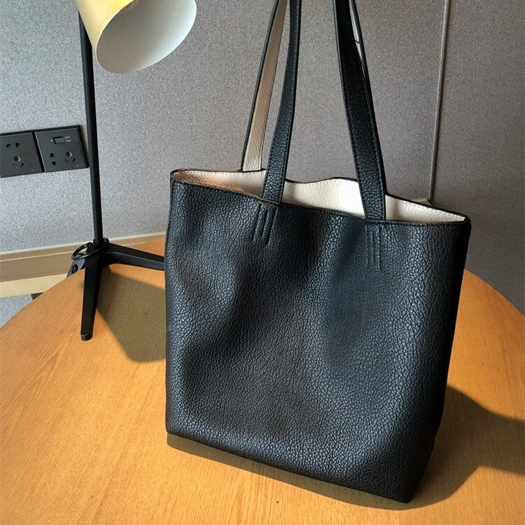Load image into Gallery viewer, Lady Novelty Tote