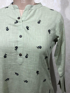 Cotton kurti with thread work