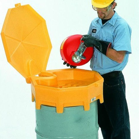Ultra Tech 499,Ultra-Global Funnel, with spout, hinged cover