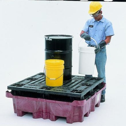 Ultra Tech 800,Spill King P4 With Flat Deck Pallet, No Drain