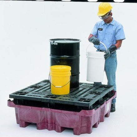 Ultra Tech 803,Spill King P4 With Flat Deck Pallet, With Drain