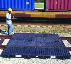 Center Track Pan with Grates