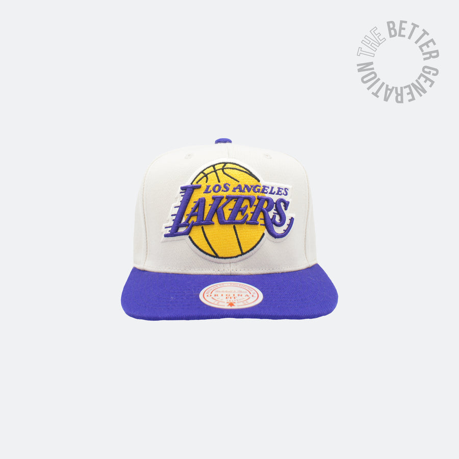 Mitchell & Ness Off White Lakers Snap