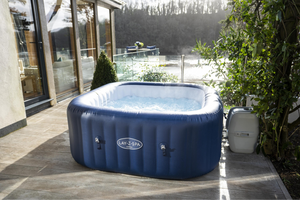 Lay-Z-Spa Hawaii (2021) AirJet 60021 Inflatable Hot Tub Spa by Bestway 3