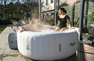 Lay-Z-Spa Paris (2021) AirJet 60013 Inflatable Hot Tub Spa by Bestway with People 3