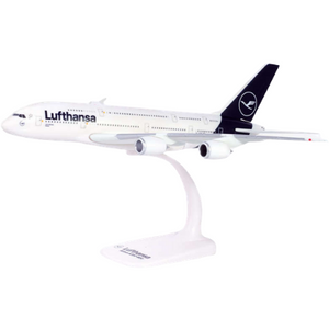 "Lufthansa Airbus A380 ""New Colors"" -- 1:250 by Herpa"