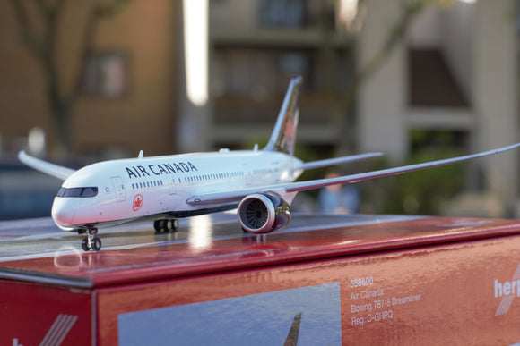 Air Canada Boeing 787-8 Dreamliner * Premium* -- 1:200 by Herpa - craft747