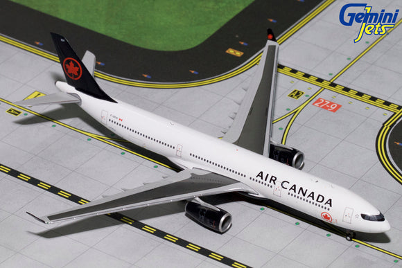 Air Canada A330-300 (2017 Livery) ---  1:400 by Gemini Jets