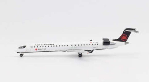 Air Canada Express Bombardier CRJ-900 -- 1:500 by Herpa