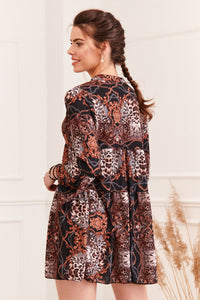 Dress with attractive patterns