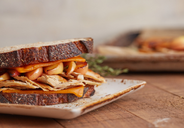 Meati Chick'n Apple Cheddar Sandwich
