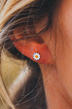 Pura Vida Daisy Stud Earrings