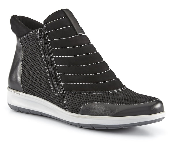 Ollie: Black Nubuck/Leather/Mesh LIMITED STOCK
