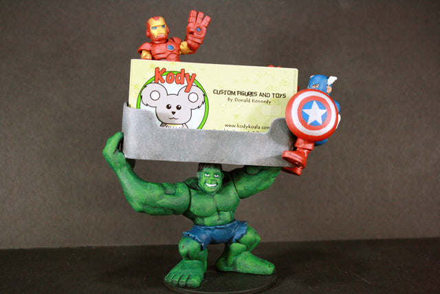 Kodykoala's Avenger Card Holder
