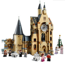 Load image into Gallery viewer, Hut Castle House Mini Animals Figures Building Blocks Bricks Christmas Toys for Children Gifts