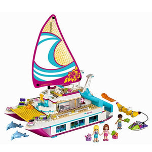 Lepining Friends Building Blocks Holiday Boat 3D Building Blocks  Children's Toys Compatible Friends Gifts Dolphin Yacht  Toys