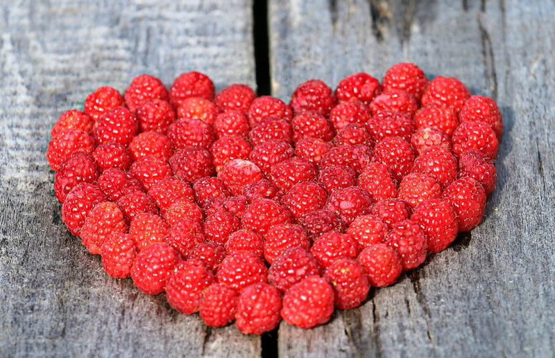 haxnicks- how to grow raspberries- planting and harvesting raspberries- raspberry heart