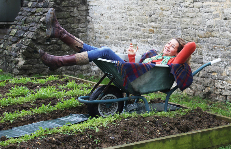Haxnicks Easy path- gardening path- path for vegetable garden and raised beds- wheelbarrow path