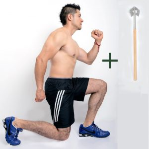 man_doing_lunges_with_speedhoe