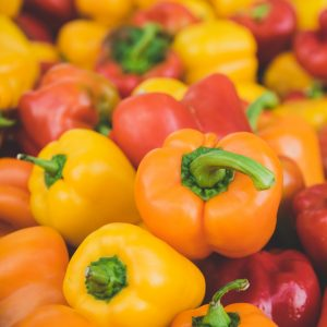 Multi_coloured_peppers