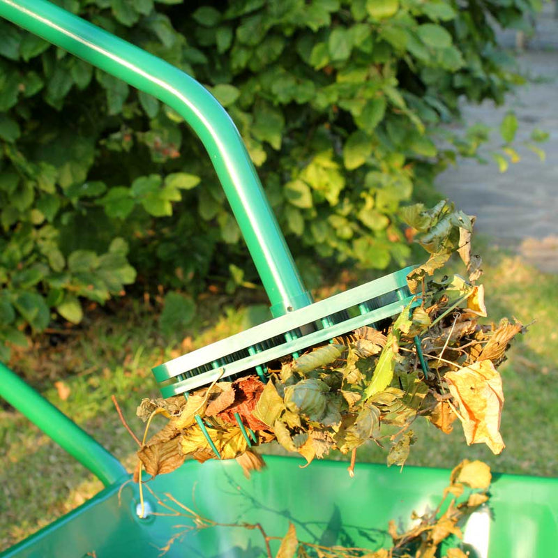 Leaf Picker - Haxnicks- in use close up with leaves