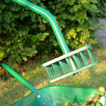 Leaf Picker - Haxnicks- in use close up