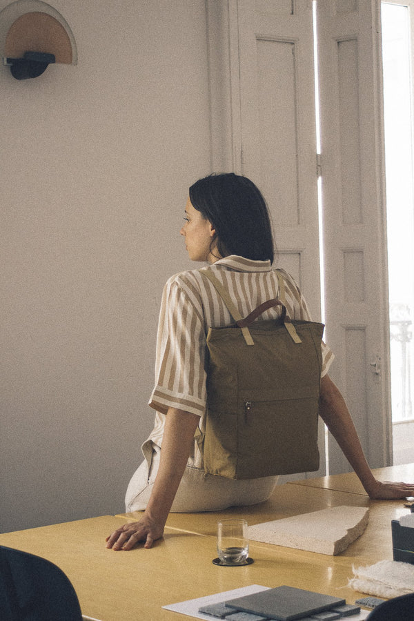 London Tote Backpack 2020 Beige