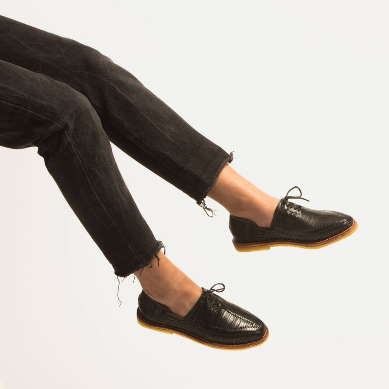Benito Natural Black - Women - Fairclo