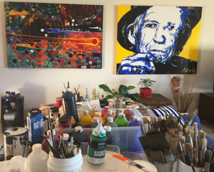 Keith Richards portrait with Novis abstract in studio