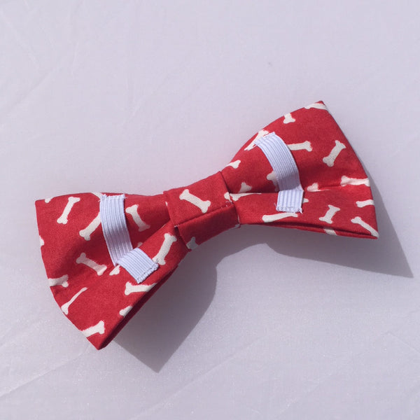 red with white bones dog bow tie back