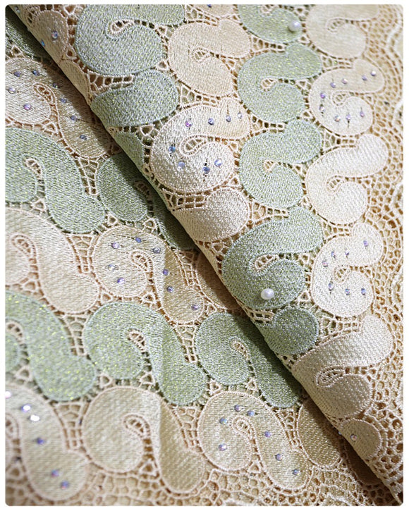 GPR001 - Guipure Lace - Cream & Light Green