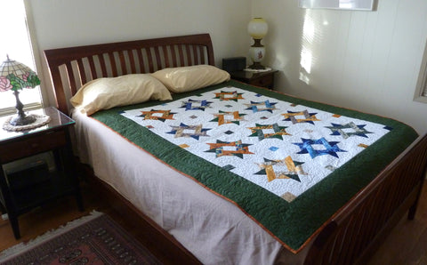 Entwined Star quilt pattern by Anita Eaton