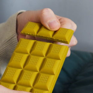 White Chocolate Turmeric Bar by Ethicoco
