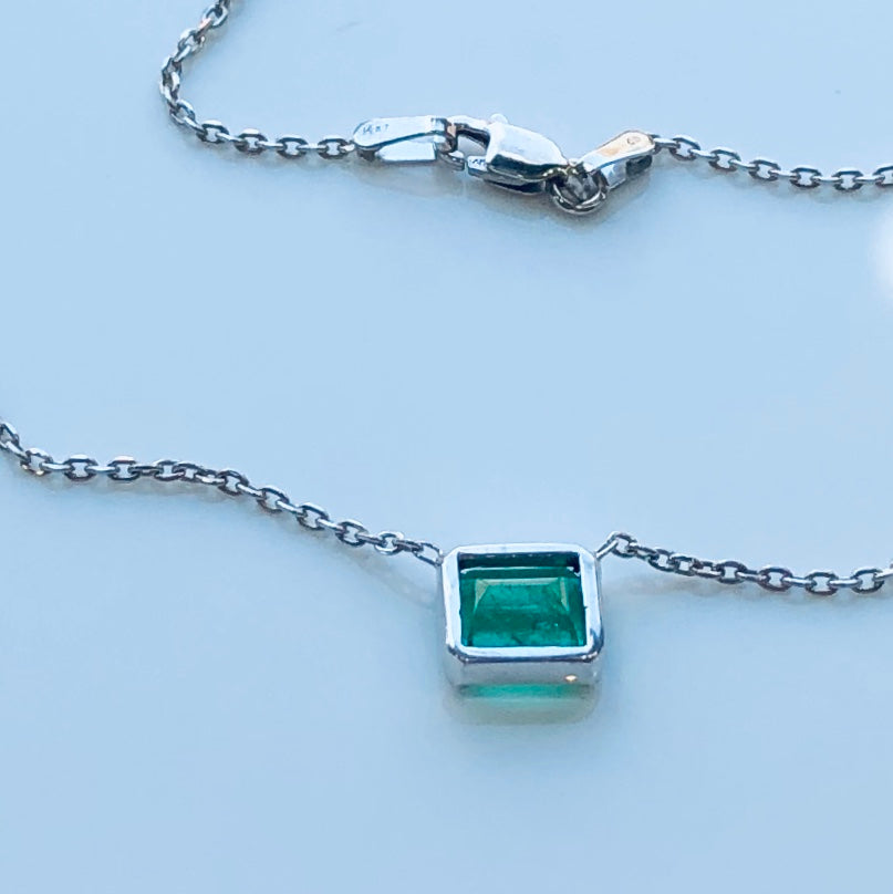 Vivid Green Emerald Cut Solitaire