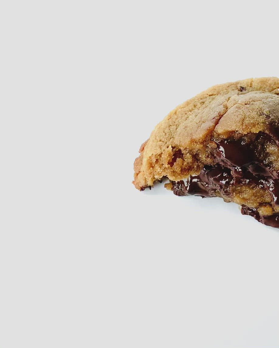 Seven Grams Caffé – Vegan Tahini Extra Virgin Olive Oil Dark Chocolate Chip Cookie – Video