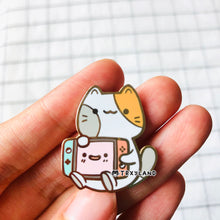 Load image into Gallery viewer, Console Kitty Enamel Pin