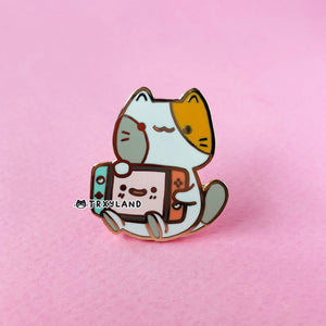 Console Kitty Enamel Pin