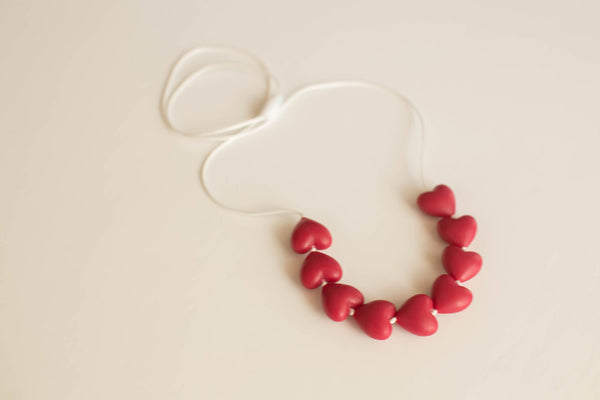 Little Teether - Teething Jewelry - Amore Cranberry