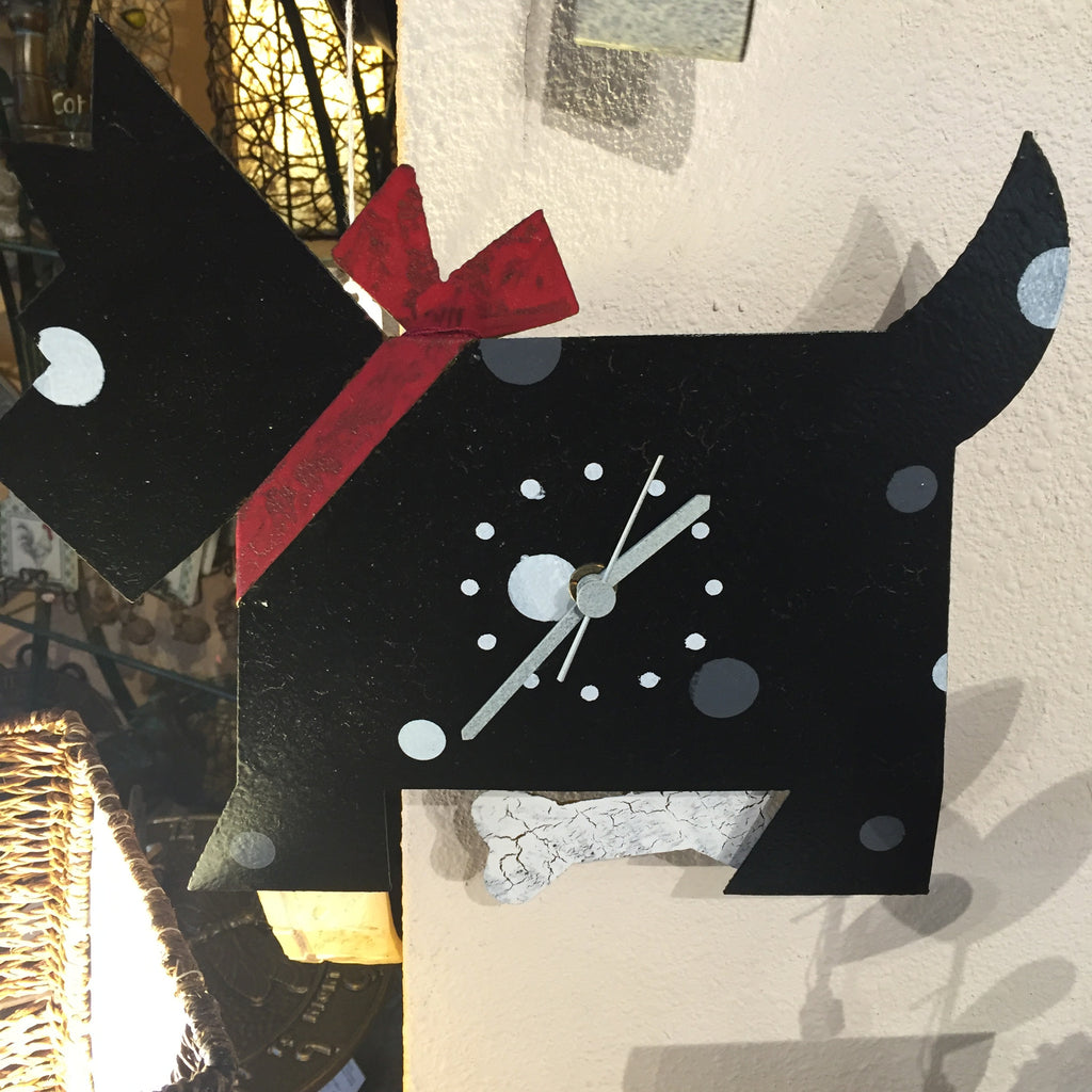Black Dog Wall Clock