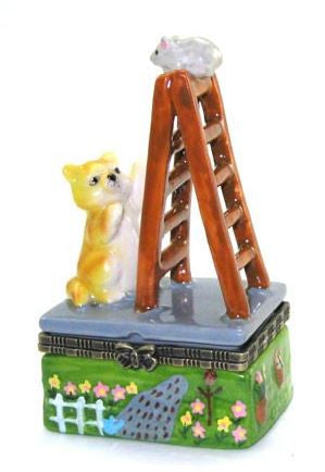 Cat Looking Up the Ladder Ceramic Box