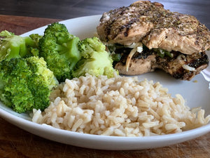 Stuffed Chicken Breast w. Broccoli and Brown Rice