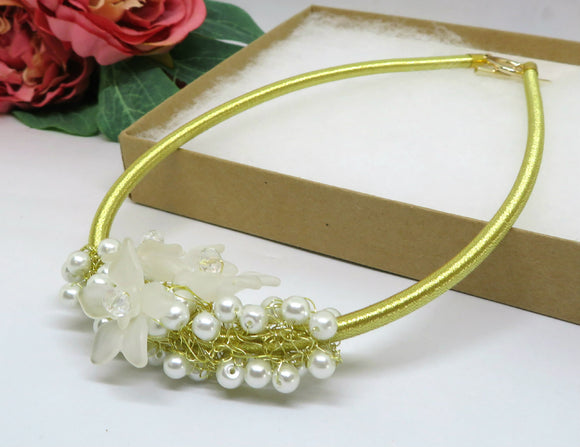 Bridal Pearl Flower Crochet Wire Beaded Necklace