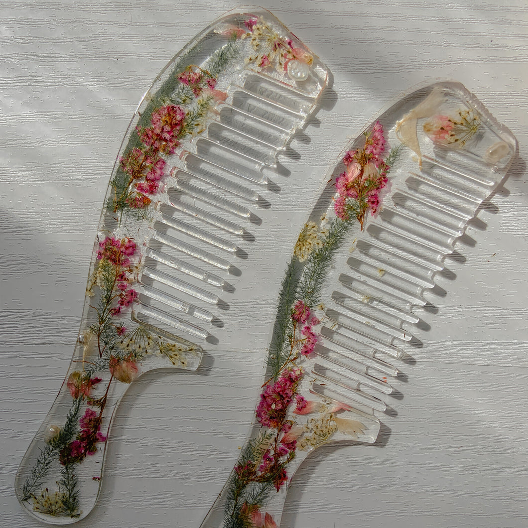Resin Flower Comb
