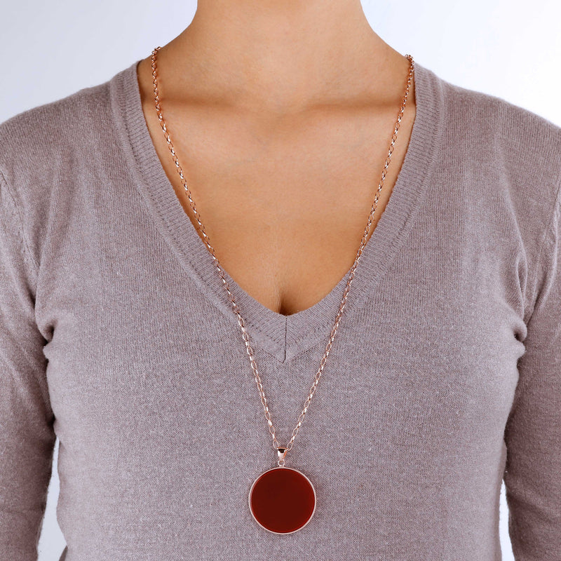 Alba-Big-Disc-Pendant-Necklace-White-Mother-of-Pearl_necklaces_red_5