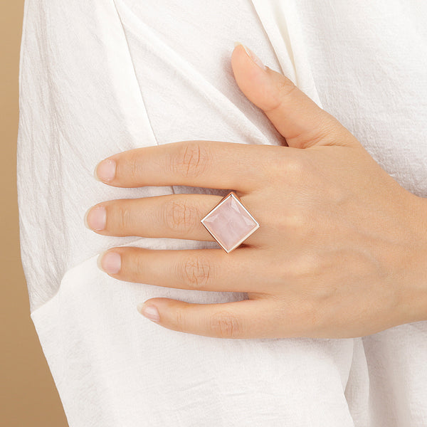Incanto-Square-Ring_rings_pink