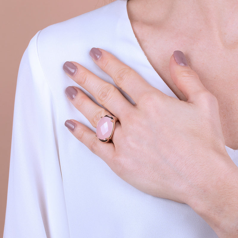 Oval-Ring-with-Faceted-White-Lace-Agate_rings_pink_5